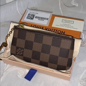Louis Vuitton Key Pouch in Damier Ebene